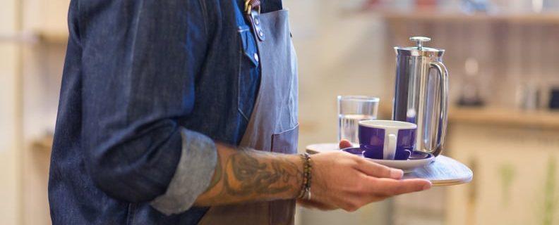 Servitör-med-kaffe